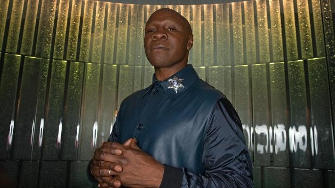 Eubank calls for trial